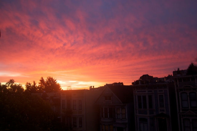 Sunrise in San Francisco, 28 December 2012