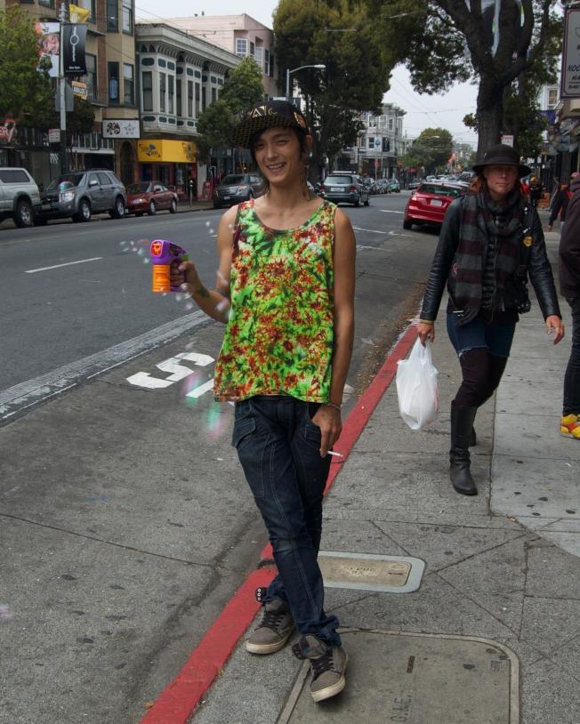 Bubble Blower, Haight & Masonic, San Francisco, California, 12 May 2013, 01:16 p.m.