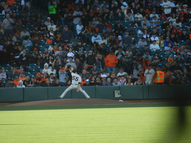 Tim Lincecum Warming Up (he had an outstanding outing versus the San Diego Padres and earned credit for the win)