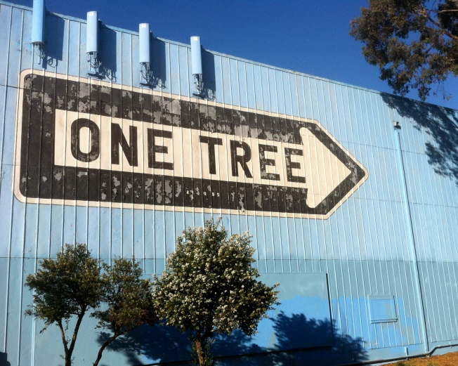 ONE TREE, Bryant Street nr. 10th, San Francisco, California, 13 July 2013