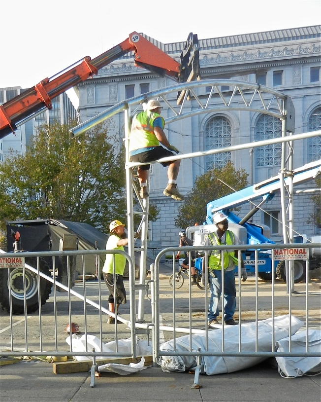 Constructing the Dew Tour Extreme Sports Arena in the San Francisco Civic Center, 7 October 2013