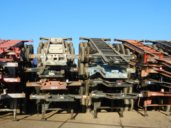 Layered Trailers for Hauling Containers II