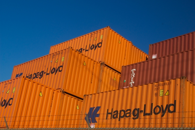Hapag-Lloyd, West Oakland, 16 November 2013