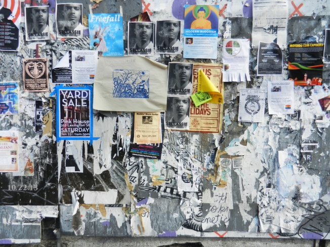 Community Bulletin Board, Valencia Nr. 19th Street, San Francisco