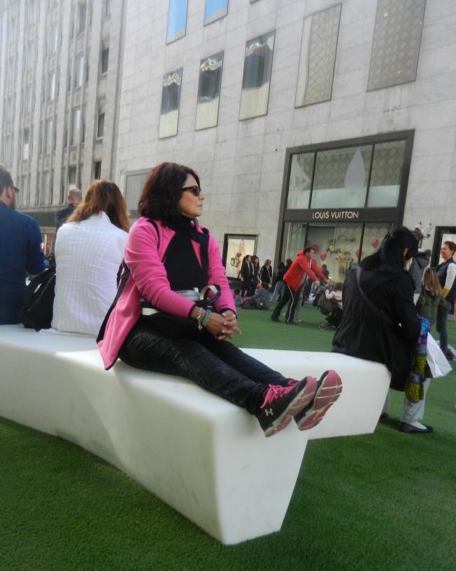 Pink Lady, Stockton Near Geary, 28 November 2014, San Francisco, California