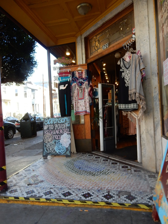 Earthsong Clothing Store, Haight & Cole, San Francisco, CA.